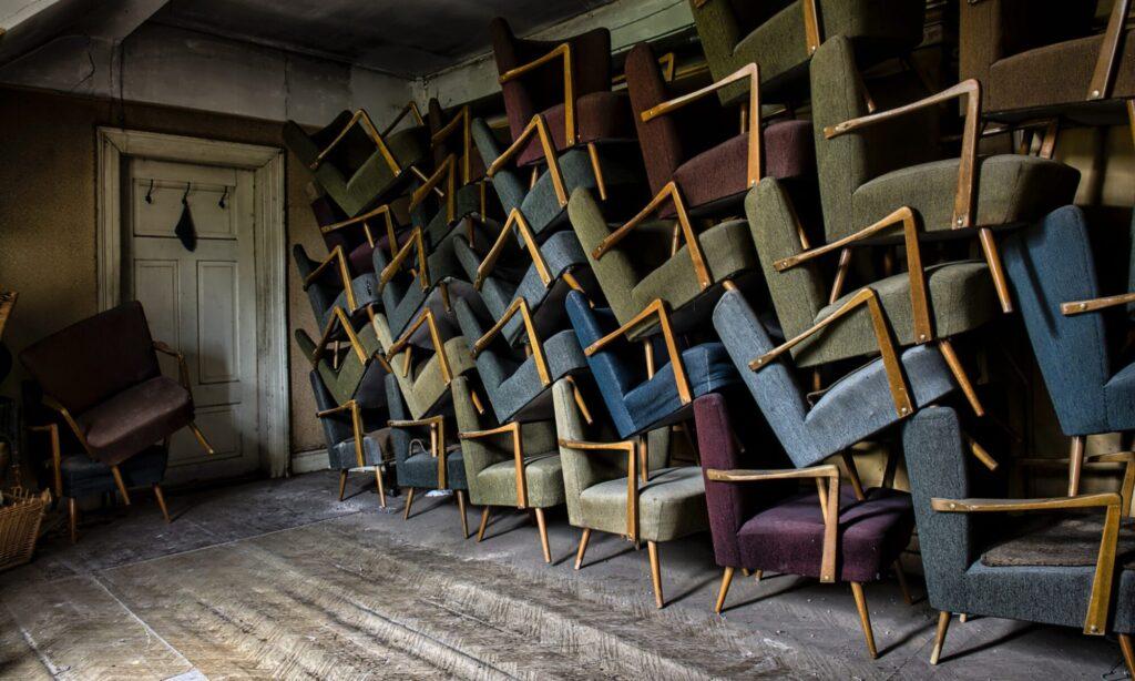 afhentning af møbler
